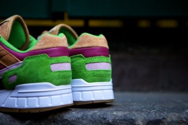 Saucony Shadow 5000 Burger x END_12