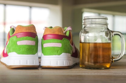 Saucony Shadow 5000 Burger x END_145