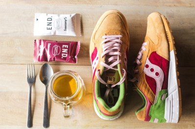Saucony Shadow 5000 Burger x END_148