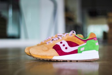 Saucony Shadow 5000 Burger x END_150