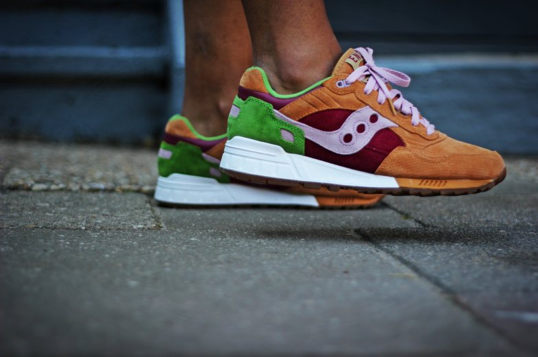 Saucony Shadow 5000 Burger x END_153