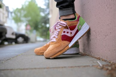 Saucony Shadow 5000 Burger x END_28