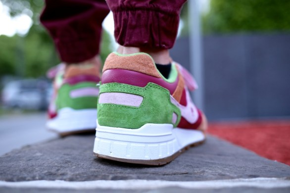 Saucony Shadow 5000 Burger x END_32