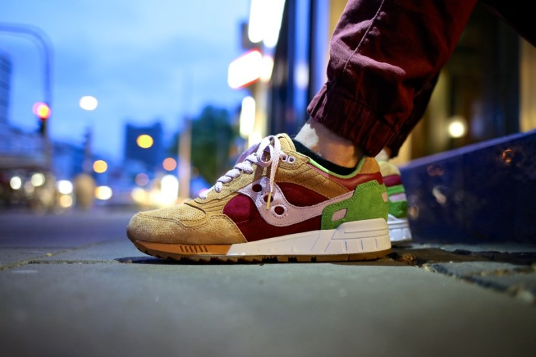 Saucony Shadow 5000 Burger x END_35