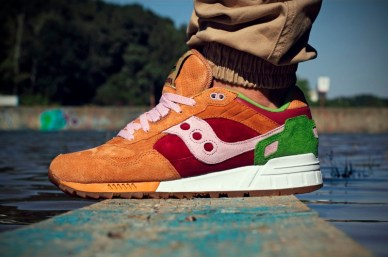 Saucony Shadow 5000 Burger x END_89