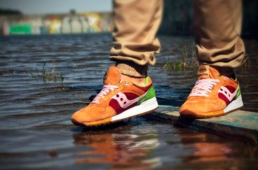 Saucony Shadow 5000 Burger x END_90