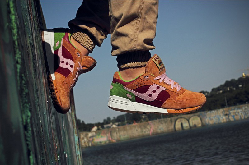 Saucony Shadow 5000 Burger x END_93