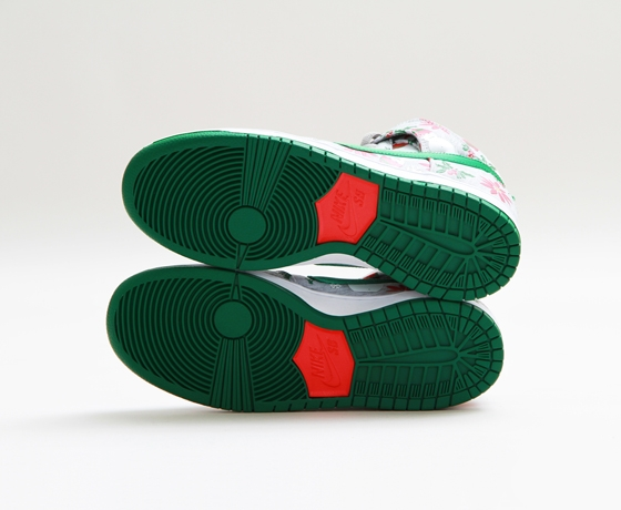 Nike SB Dunk Pro Ugly Christmas Sweater x Concepts_38
