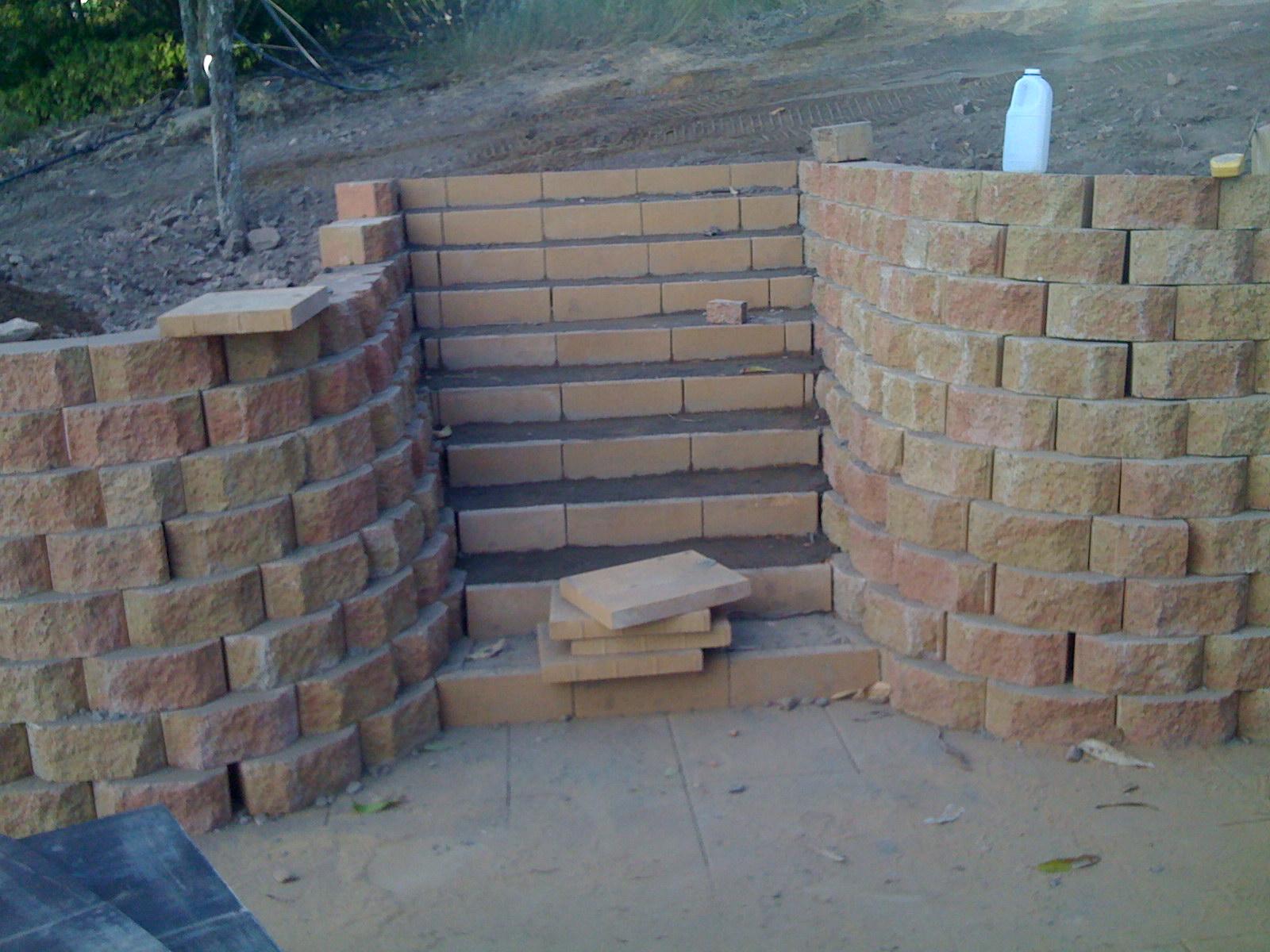 Link block retaining wall by Lifestyle Landscaping Bundaberg