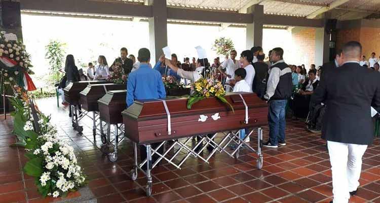 exequias muertos tragedia Calarcá