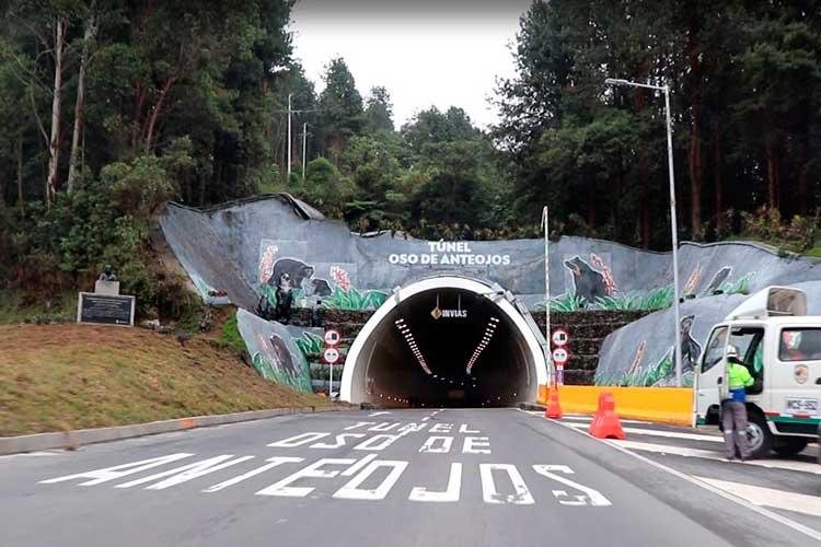 Vídeo: Lo excelente y lo terrible del Túnel de La Línea. Recorrido completo – 1a parte