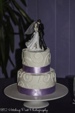 Lilac ribbon on wedding cake