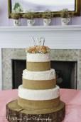 Burlap over piping wedding cake