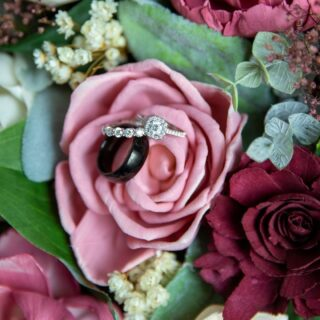 We are love the classic ring/bouquet shots that photographers do so well!  These rings are amazing.  @delavera08  #weddingpackages #syracuseweddingflorist #rochesterweddingflorist #buffaloweddingflorist #centralnyflorist #1824_farmhouse_creations #solawoodflowers #2021wedding #covidwedding #syracuseweddingflowers #syracusesolawoodflowers #buffaloweddingflowers #rochesterestweddingflowers #centralnyweddingflowers #centralnyweddingflorist #fingerlankesweddingflowers #fingerlakesweddings #fingerlakesweddingflorist #turningstoneweddingflowers #dibblesweddingflowers #arlingtonarborweddingflowers #lakeshore1860 #1824fhc