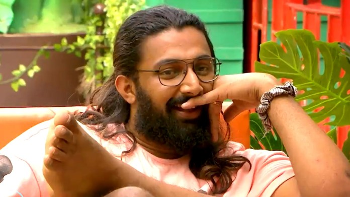 Niroop's mass counter to Abishek: First group within the Bigg Bo