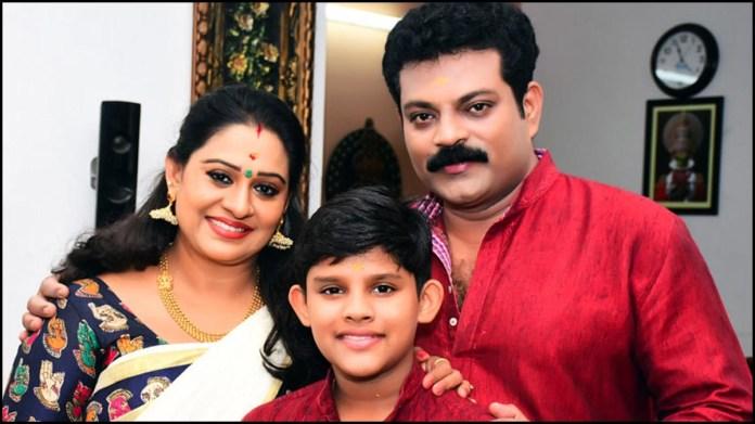 Actress Beena Antony hospitalised for COVID-19; Husband Manoj shares an  emotional video - Malayalam News - IndiaGlitz.com