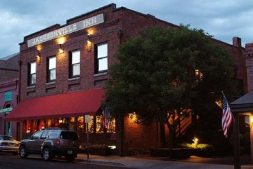 Jacksonville-Inn-southern-oregon-lodging-romantic-historic-dining