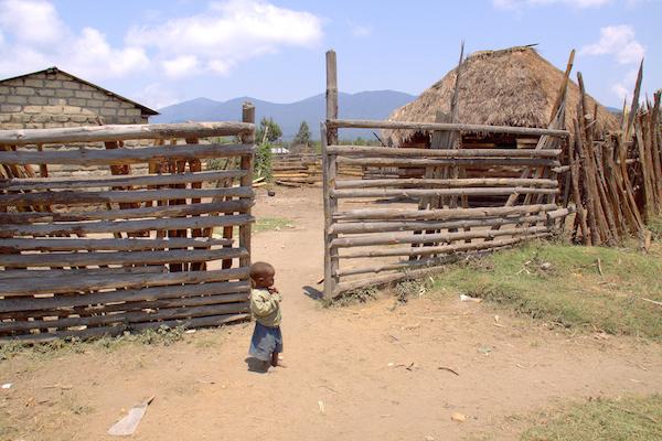 1859_Mar-Apr-2016_Ventures_Africa-Bridge_Gary-Grossman_002