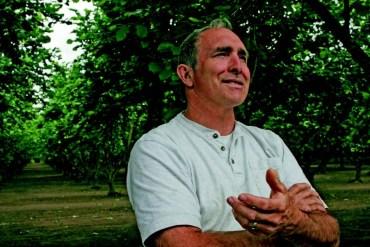 2009-Autumn-Oregon-Bounty-John-Vandercoevering-hazelnut-grower