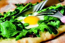 2010-Autumn-Oregon-Food-Recipe-Individual-Pizzas-with-Truffle-Oil-eat-cook-chef