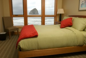 Cottages-Cape-Kiwanda-coast-lodging-oregon-gym-surf-spa