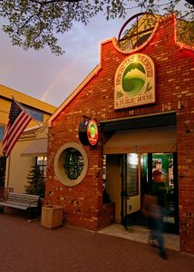 deschutes-brewery-and-public-house-restaurant-beer-pub-central-oregon