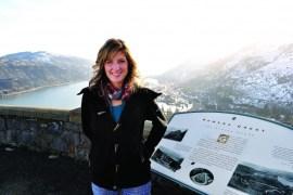 2012-Spring-Oregon-Travel-Columbia-River-Gorge-The-Dalles-Rowena-Crest-Bobbie-Bustamante