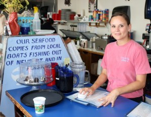 2012-winter-oregon-coast-outdoors-newport-counter-at-ocean-bleu-seafood-restaurant