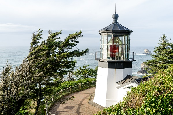 mark mcinnis, cape meares lighthouse, coast