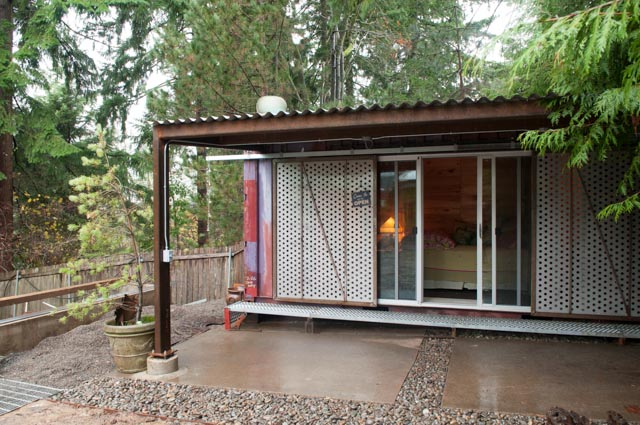 2013-january-february-1859-magazine-design-shipping-container-houses-05
