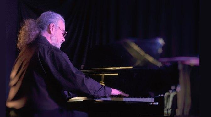 <b>Joe Holt, Jazz Piano</b><br>Friday, November 1 — 8:00 PM