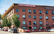 Hood River Hotel is historic and classy.
