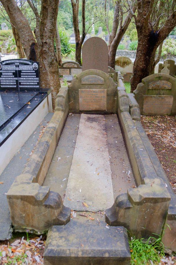 Nellie Wheldon's grave