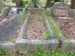 Albert Martin's grave - before photo