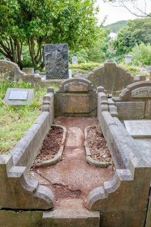 George Weller's grave