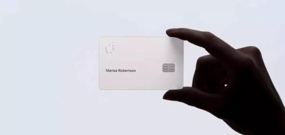 Imagem mostra o Apple Card, Cartão de Crédito de Titânio da Apple