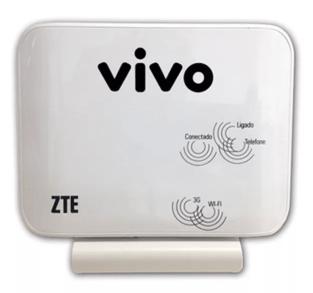 Imagem mostra um roteador ZTE e com o nome vivo no topo