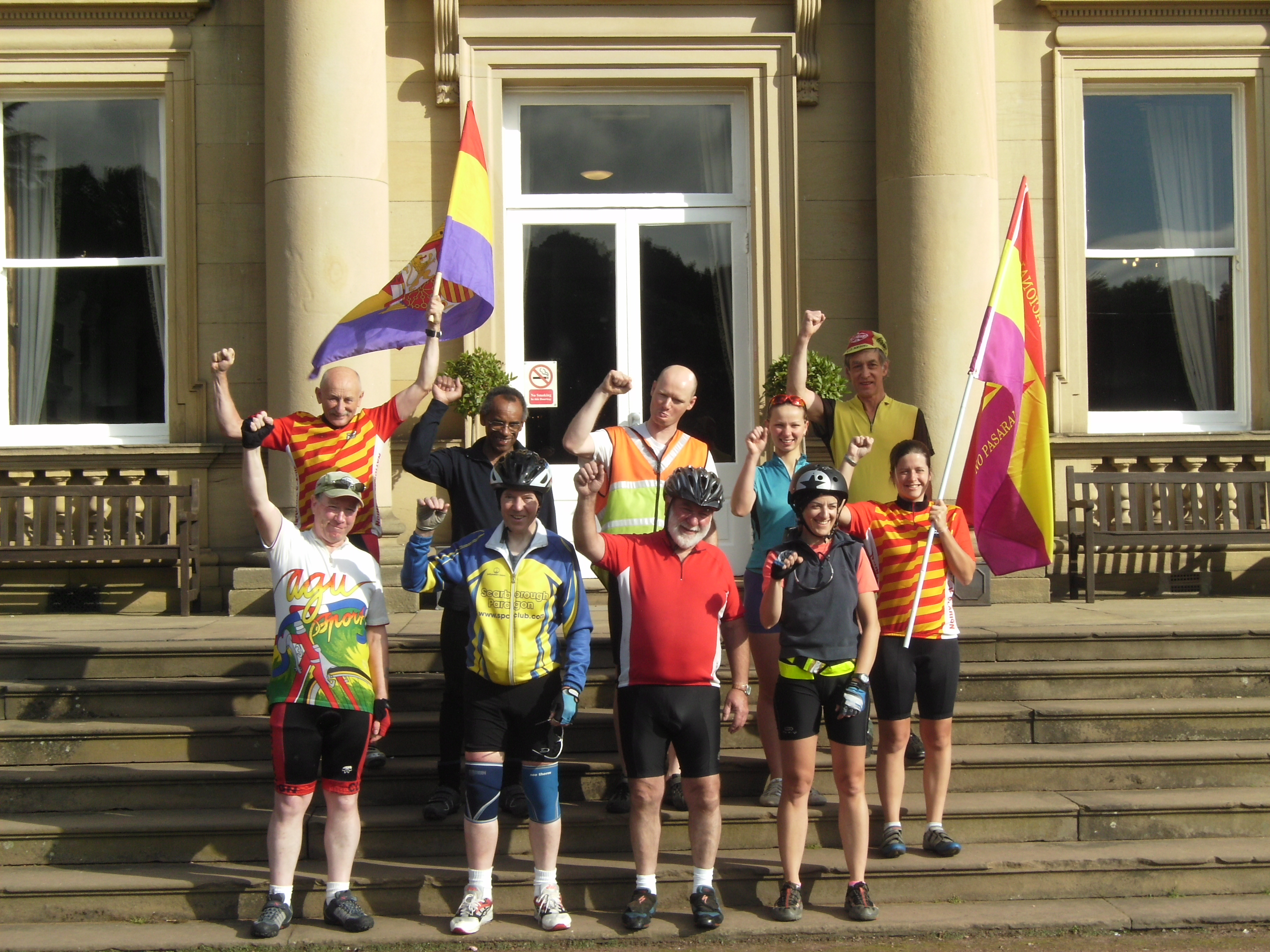 Cyclists in front of Wortley Hall