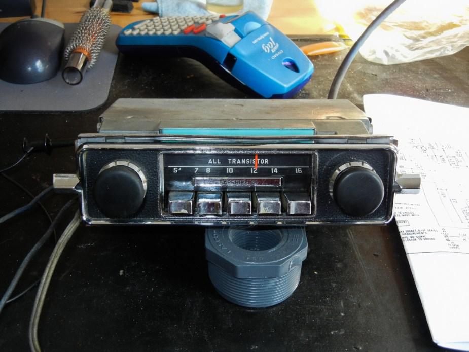 Sapphire V Radio for '67 Beetle