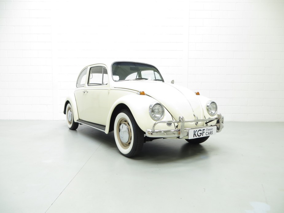 L282 Lotus White '67 Beetle