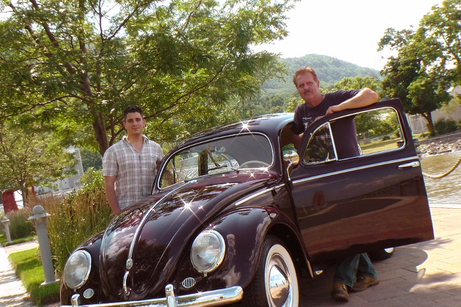 Chris Vallone — Classic VW Bugs