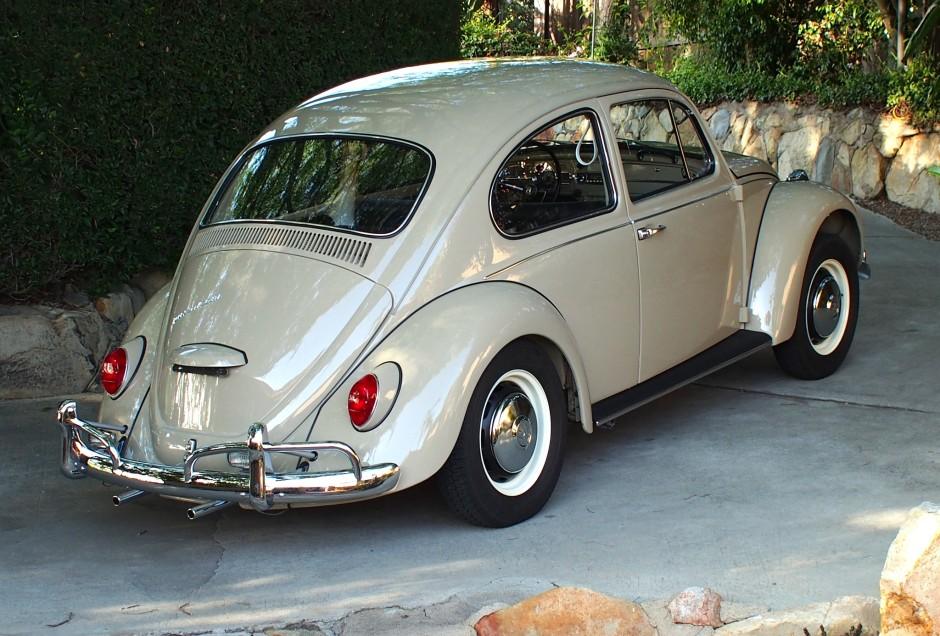 67 Volkswagen Beetle Hubcaps   1967 VW Beetle