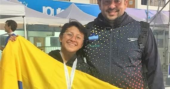 Luisa y Juan Sebastian Oro Femenino 7.5 Km sudamericano juvenil aguas abiertas Chile 2019
