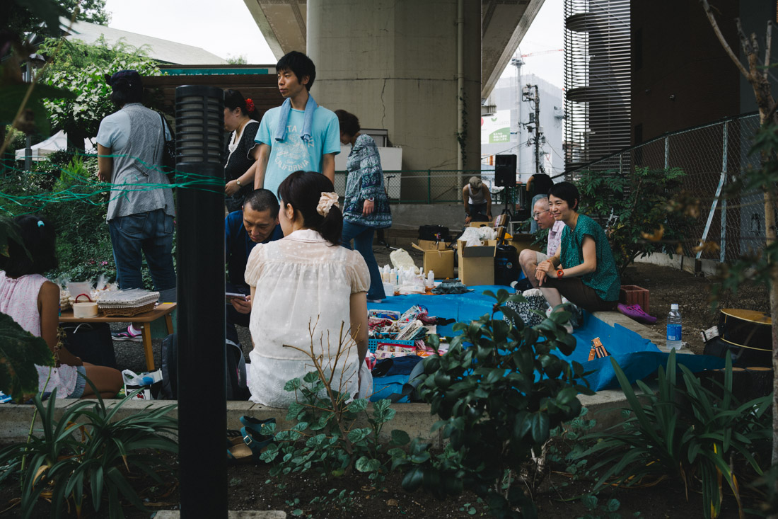 Flea-market on our way to Yoyogi station.
