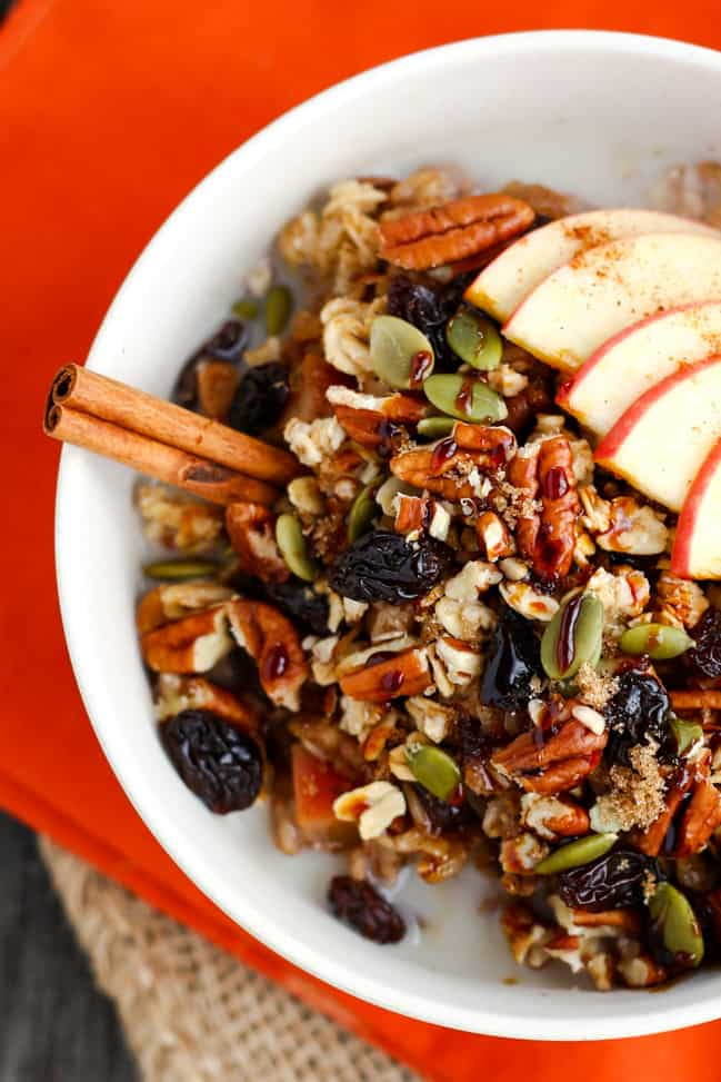 Spiced Apple Oatmeal Bowl - ilovevegan.com