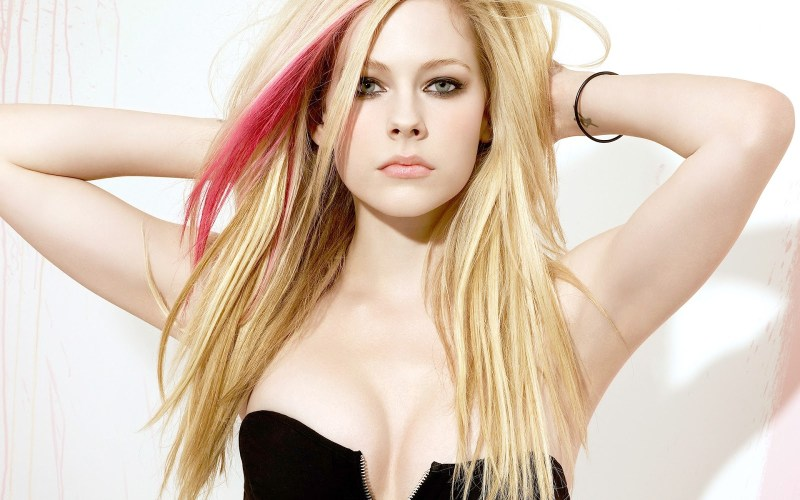 Avril-Lavigne-2013-Hot-HD-Wallpaper6