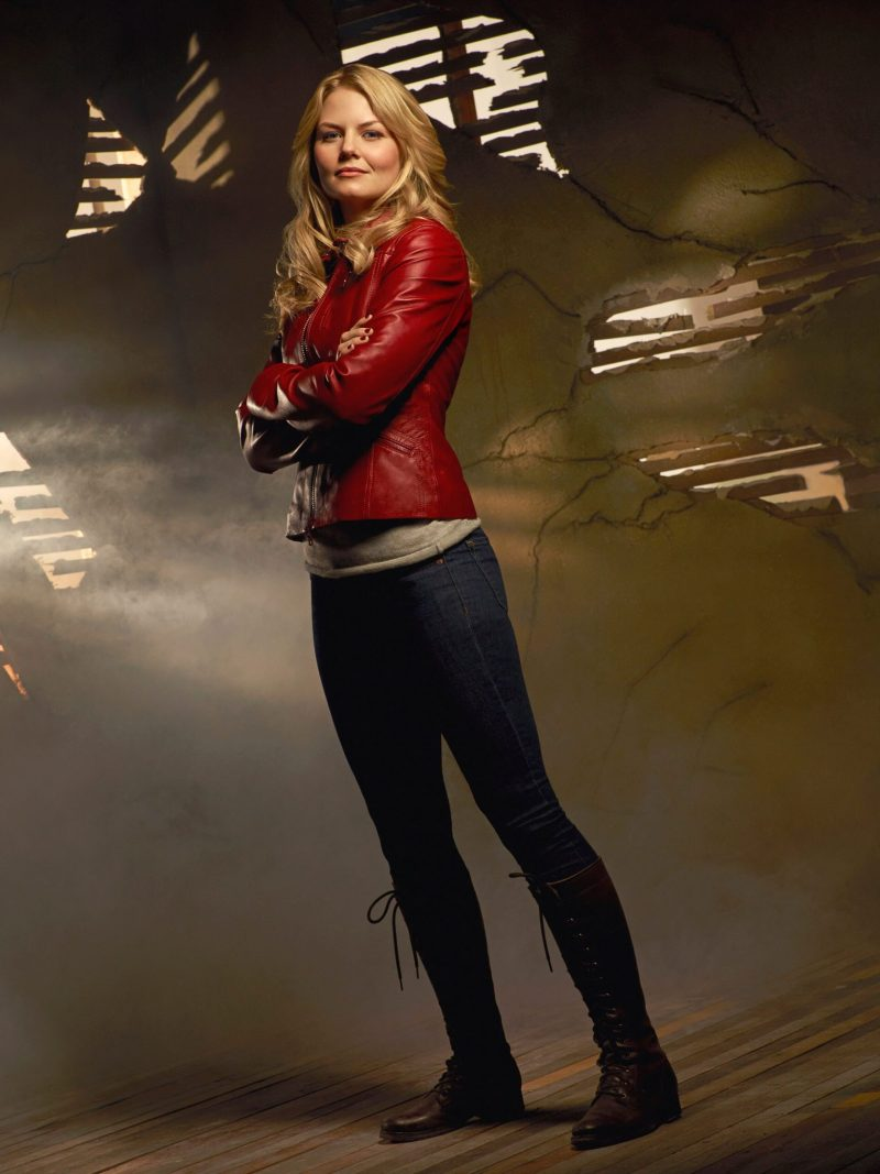 jennifer_morrison_-_once_upon_a_time_season_1_set_001