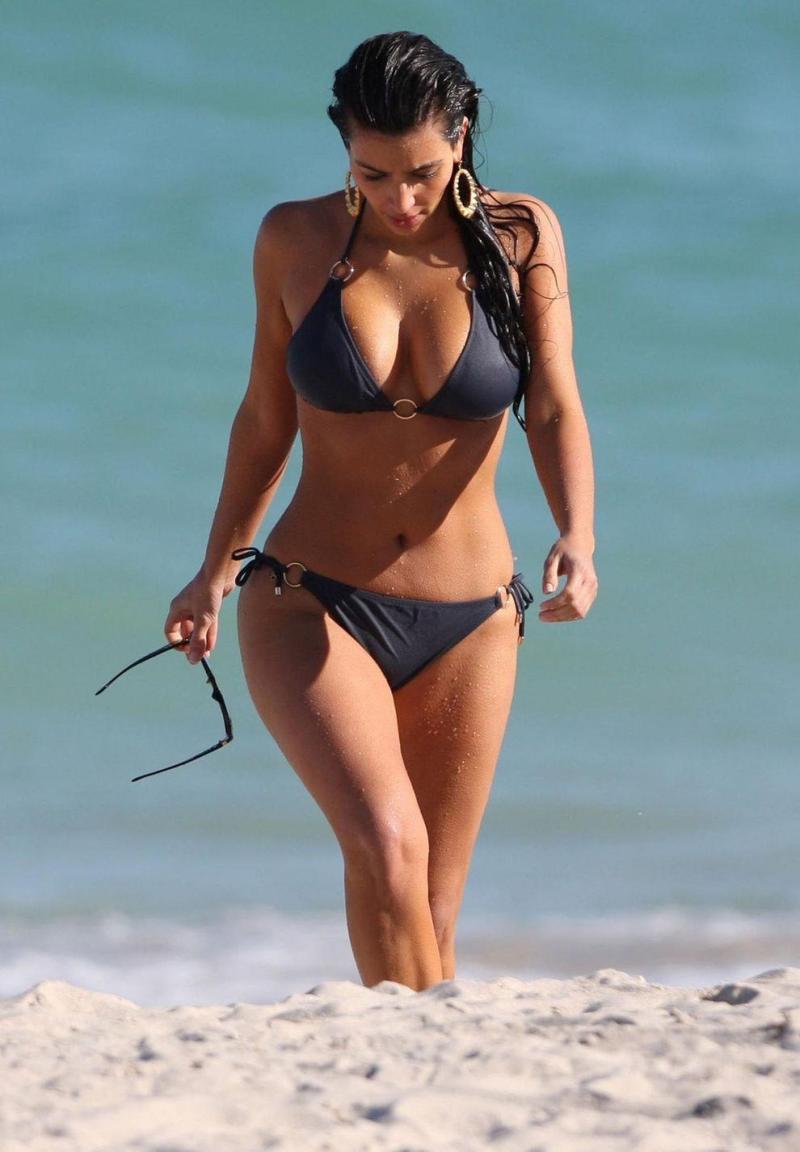 6 kim kardashian bikini