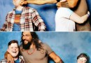 This Is How Jason Momoa Is Trolling Boyfriends When Couples Ask a Photo With Him