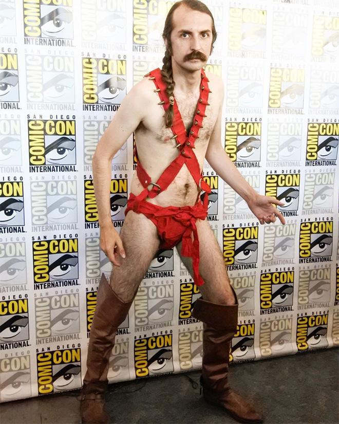 Zardoz cosplay.